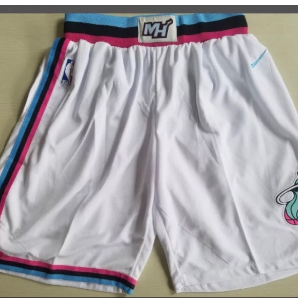 cheap for discount 9d233 00dbc 🚹Nike Miami Heat City 'Vice' Shorts,L, TagsOff⚡️ Boutique